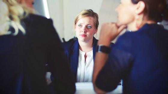 lawyer-choosing-investors